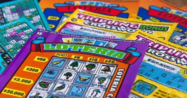 Man-buys-600-worth-of-lottery-tickets-wins-10000